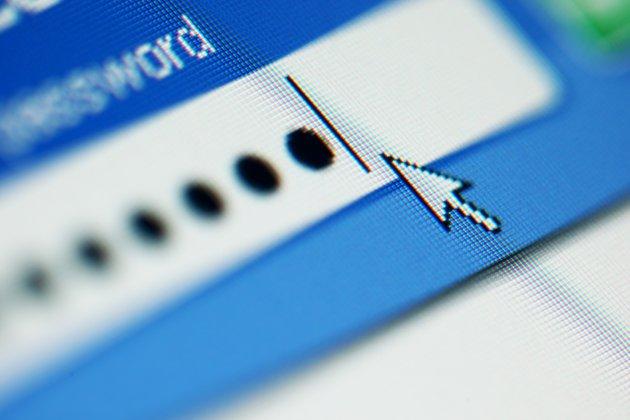 password-login-computer-online-internet-jpg_103341